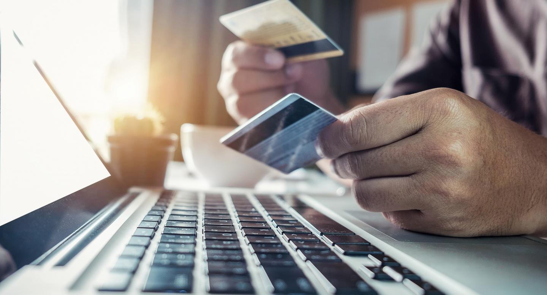 Дебетовая или кредитная карта: что лучше
